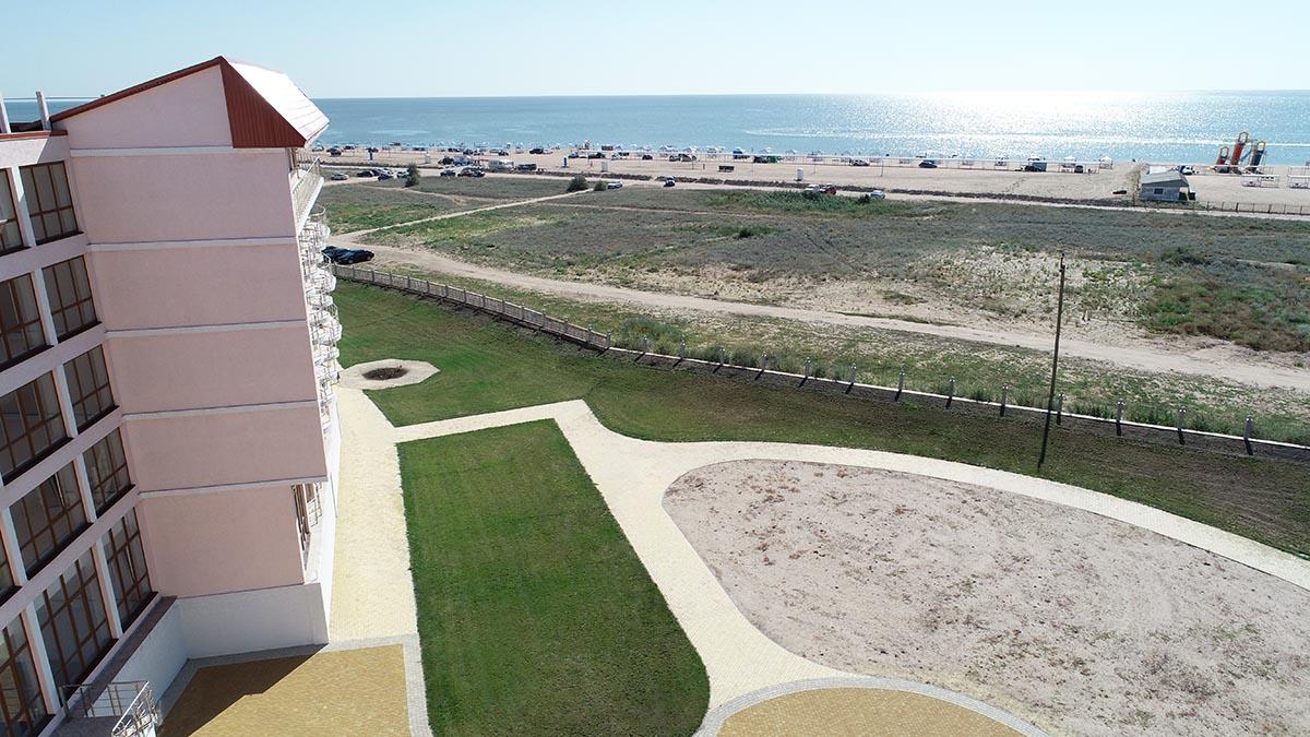 Шикарный вид на пляж из отеля